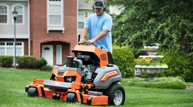 The Introduction of Husqvarna\'s First Ever Commercial Stand-on Mower ...